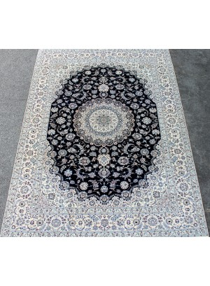 No. 335 Persian 'Shishla' Nain 11' x 8'